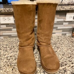 Women's size 9 UGG's Bailey Bow Tall Boots